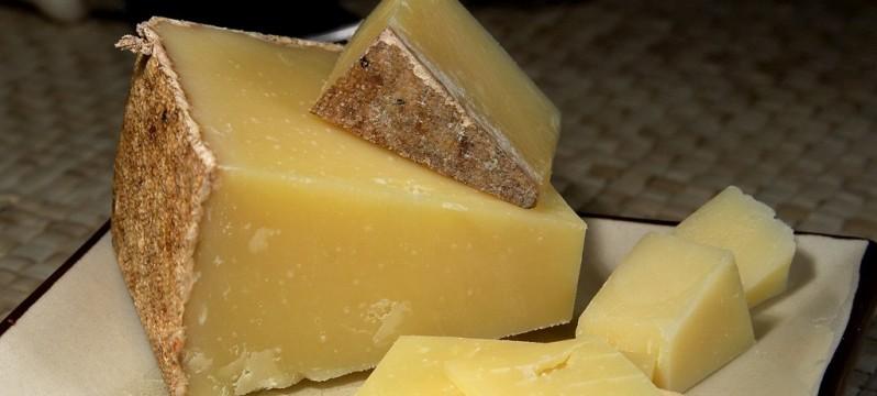 lincolnshire-poacher-cheese-3517