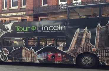 lincoln bus