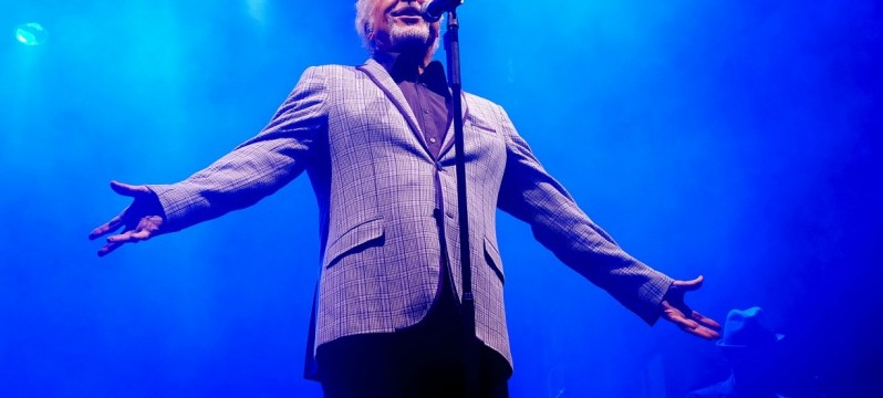 Sir Tom Jones - Rasen Rocks