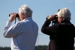 binoculars-2194228_1280