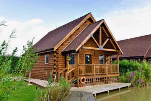 Waterside Fishing Lodges