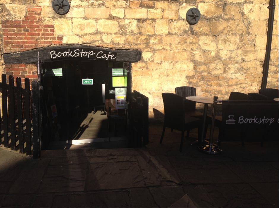 bookstopcafe2